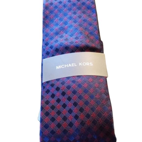 Michael Kors Other - NWT Michael Kors 100% Silk Necktie Tie
